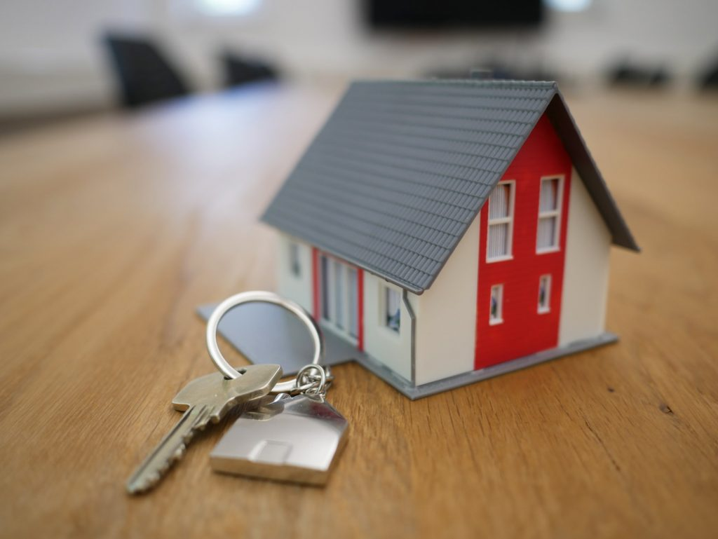 Vuokran ja asuntolainan maksuturva